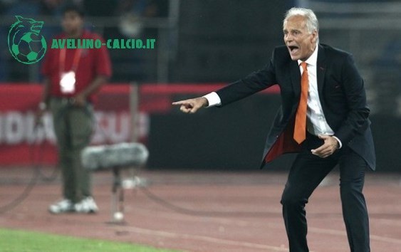 Franco Colomba alla guida del Pune City, in India